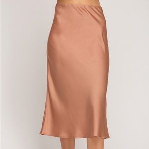 Silky dusty rose midi skirt
